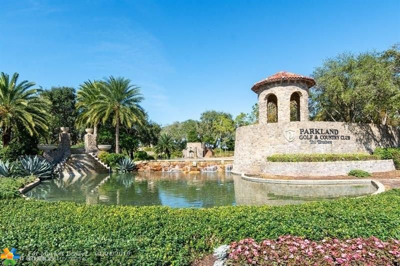 Photo for 7601 Old Thyme Ct #4A, Parkland, FL 33076 (MLS # F10159100)