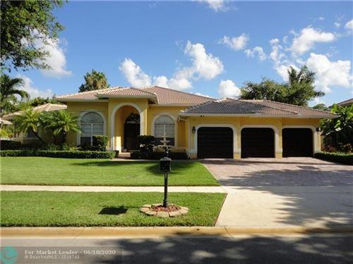 Photo of 6722 NW 70th Pl, Parkland, FL 33067 (MLS # F10234102)