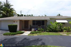 Photo of 145 SE 11th St, Deerfield Beach, FL 33441 (MLS # F10181104)