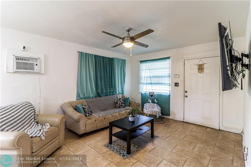 Photo of 2099 NW 27th St, Oakland Park, FL 33311 (MLS # F10293104)