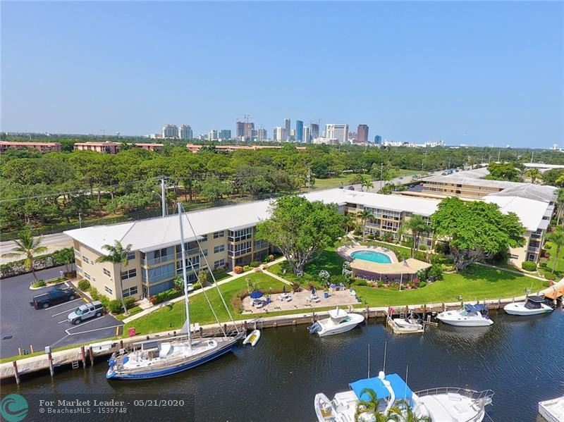 Photo for 1200 SW 12th St #117, Fort Lauderdale, FL 33315 (MLS # F10230105)