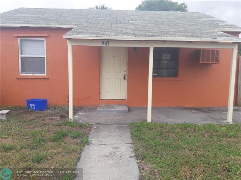 547 W 3rd, Riviera Beach, FL 33404 - #: F10257105