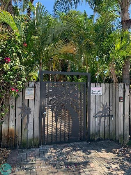 Photo of 758 NE 13th Ct #2, Fort Lauderdale, FL 33304 (MLS # F10294110)