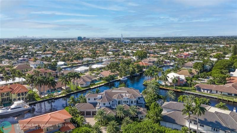 Photo of 30 Bay Colony Ln, Fort Lauderdale, FL 33308 (MLS # F10283112)