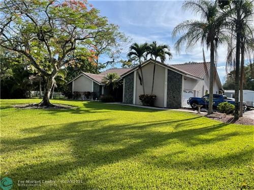 Photo of 6215 NW 80th Ter, Parkland, FL 33067 (MLS # F10284113)