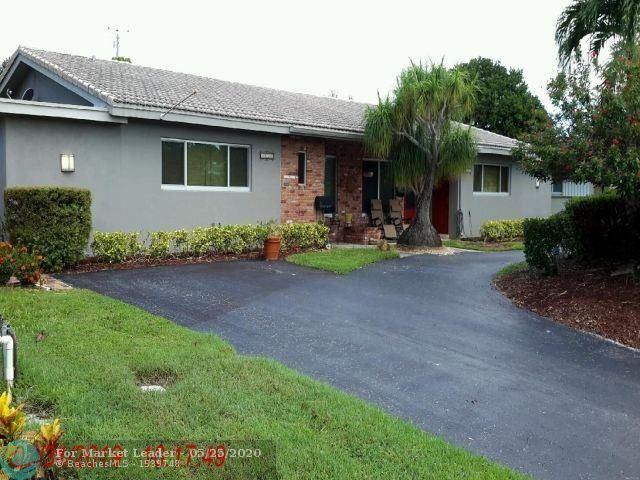 Photo of 5125-5129 NE 19 Ave, Fort Lauderdale, FL 33308 (MLS # F10230115)