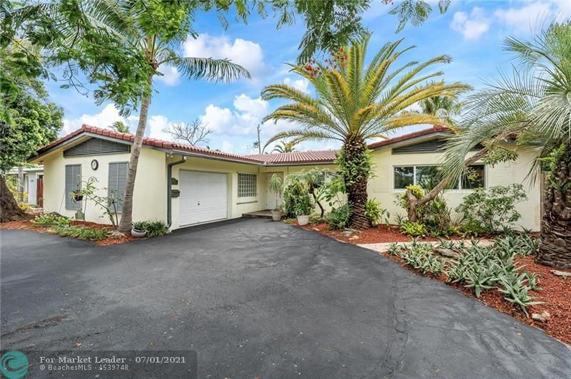 Photo of 5200 NE 18th Ter, Fort Lauderdale, FL 33308 (MLS # F10291118)