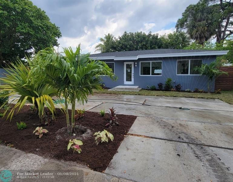 Photo of 1667 N Dixie Hwy, Fort Lauderdale, FL 33305 (MLS # F10283120)