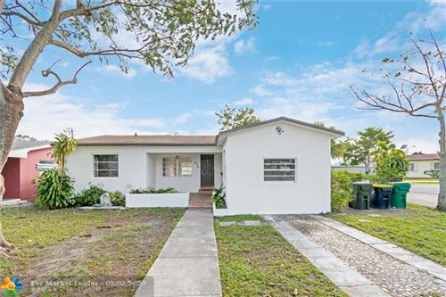 Photo of Listing MLS f10213125 in 273 SW 15th St Dania Beach FL 33004