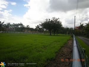 Foto de inmueble con direccion 13240 & 13260 Stirling Rd Southwest Ranches FL 33330 con MLS F10168126