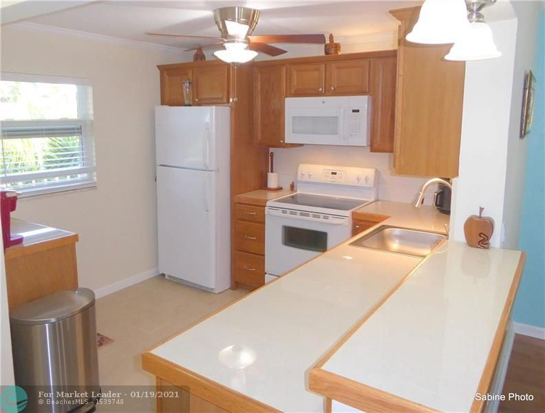 Photo of 2620 NE 1st Ct #310, Boynton Beach, FL 33435 (MLS # F10267127)
