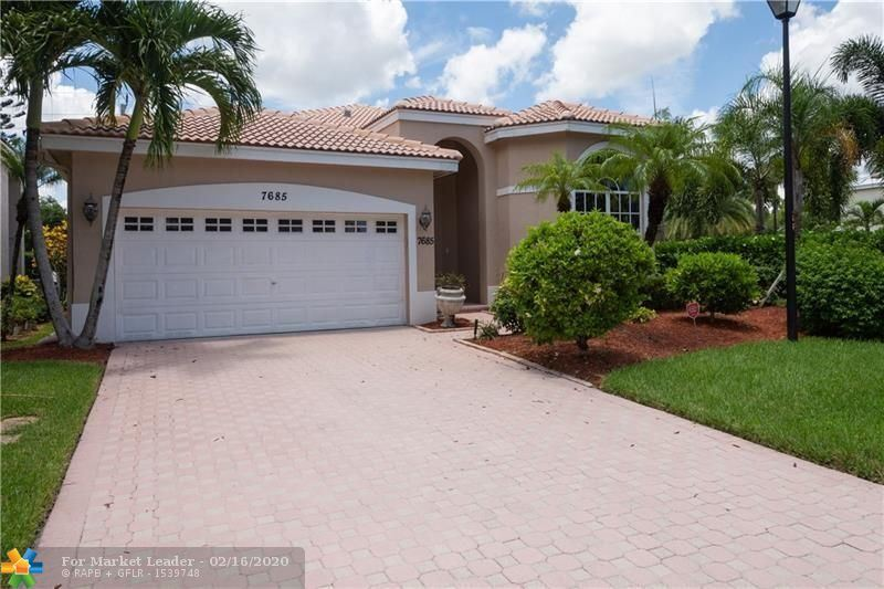 Photo for 7685 NW 71st Ter, Parkland, FL 33067 (MLS # F10212129)