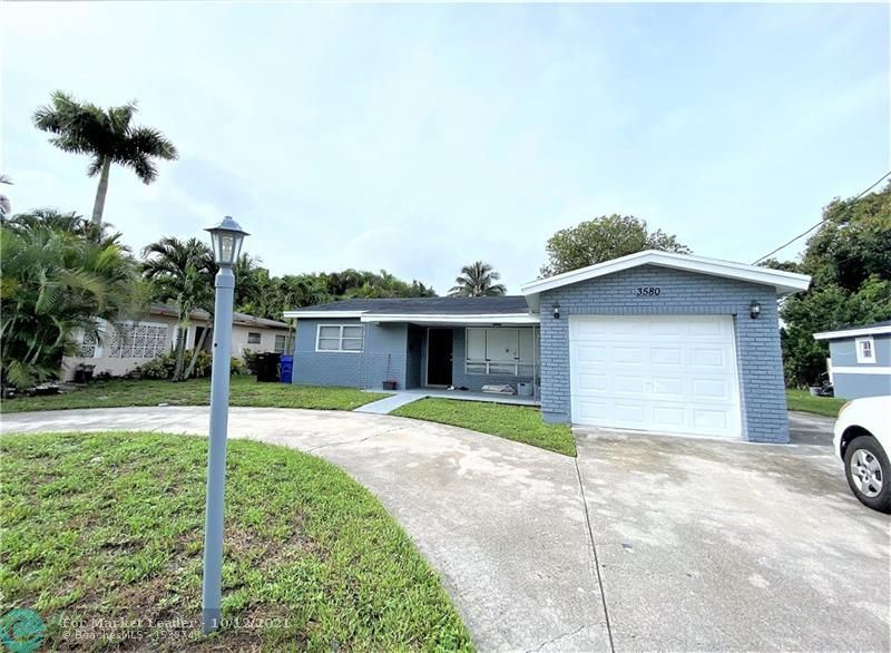 3580 NW 32 CT, Lauderdale Lakes, FL 33309 - #: F10289130