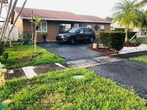 Foto de inmueble con direccion 8241 SW 9th Ct North Lauderdale FL 33068 con MLS F10231131