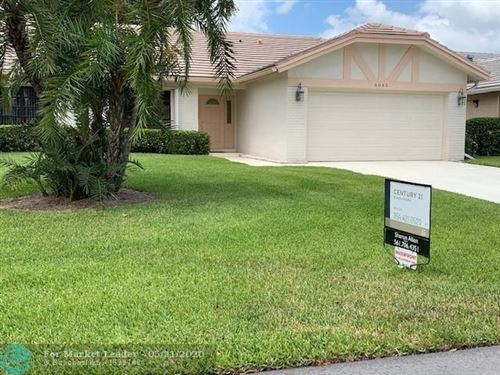 Photo of Listing MLS f10229133 in 6065 Petaluma Dr Boca Raton FL 33433