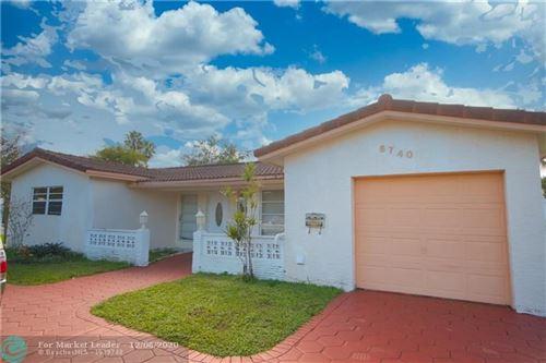 Photo of 6740 SW 9th St, Pembroke Pines, FL 33023 (MLS # F10260135)
