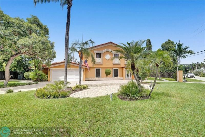 Photo of 2800 Bayview Dr, Fort Lauderdale, FL 33306 (MLS # F10293135)