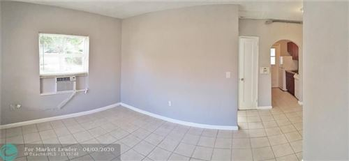 Photo of 301 SW 8th St #2, Fort Lauderdale, FL 33315 (MLS # F10224140)