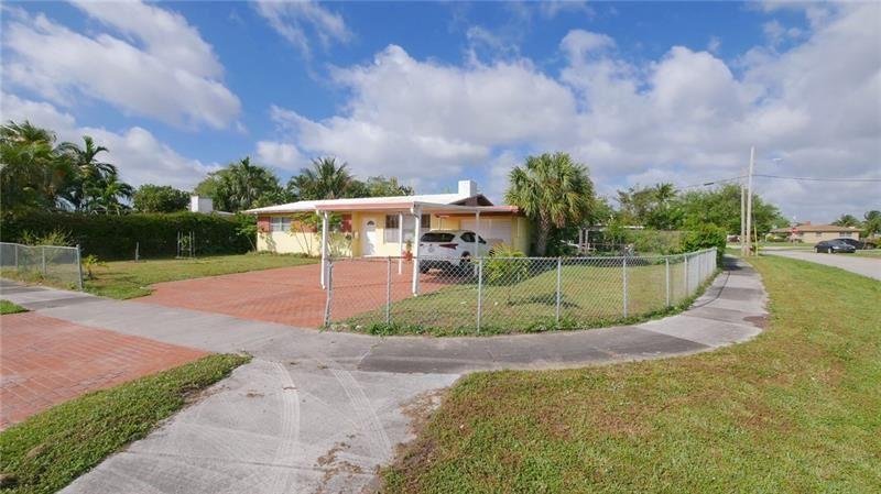 19150 NE Miami Ct, Miami, FL 33179 - #: F10274141