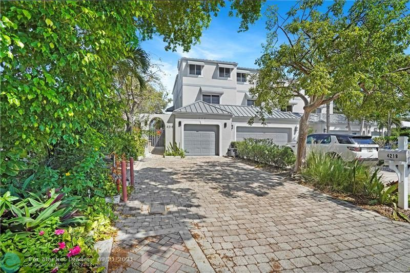 Photo of 4218 Seagrape Dr, Lauderdale By The Sea, FL 33308 (MLS # F10301143)