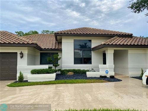 Photo of Listing MLS f10228144 in 8829 Southern Orchard Rd N Davie FL 33328