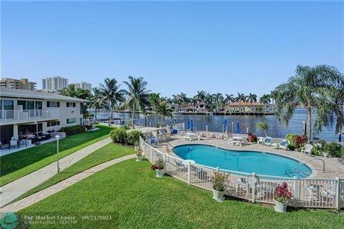 Photo of 3216 SE 12th St #25, Pompano Beach, FL 33062 (MLS # F10294144)