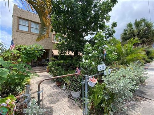 Photo of 316 SW 20th St, Fort Lauderdale, FL 33315 (MLS # F10295149)