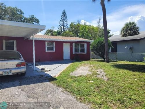 Photo of 525 NW 15th Ter, Fort Lauderdale, FL 33311 (MLS # F10294151)