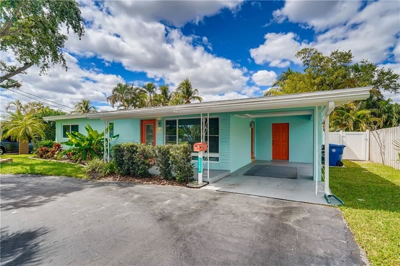 Photo of 2733 NW 9th Ter, Wilton Manors, FL 33311 (MLS # F10281157)