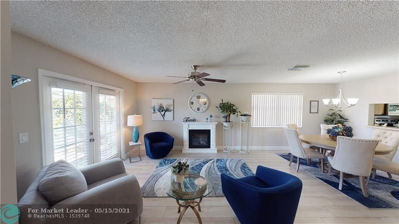 Photo of 9940 SW 12th St, Pembroke Pines, FL 33025 (MLS # F10281158)