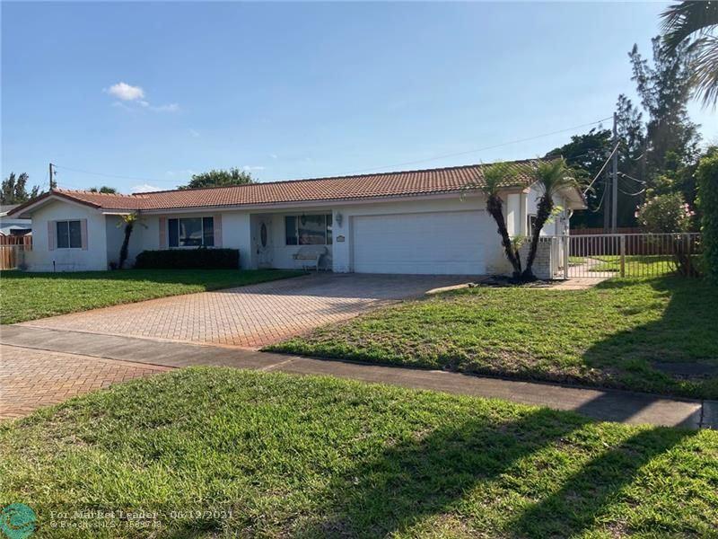 541 Ridgewood Ln, Plantation, FL 33317 - #: F10286159