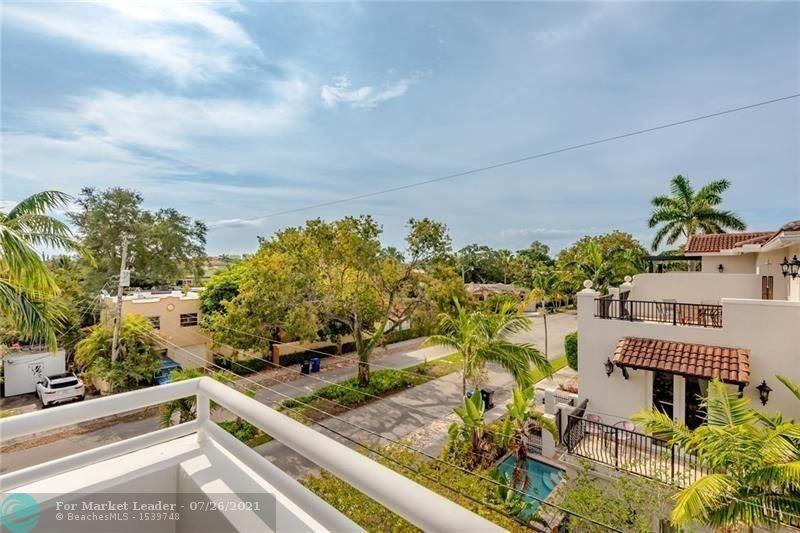 Photo of 561 NE 15th Ave #561, Fort Lauderdale, FL 33301 (MLS # F10294159)
