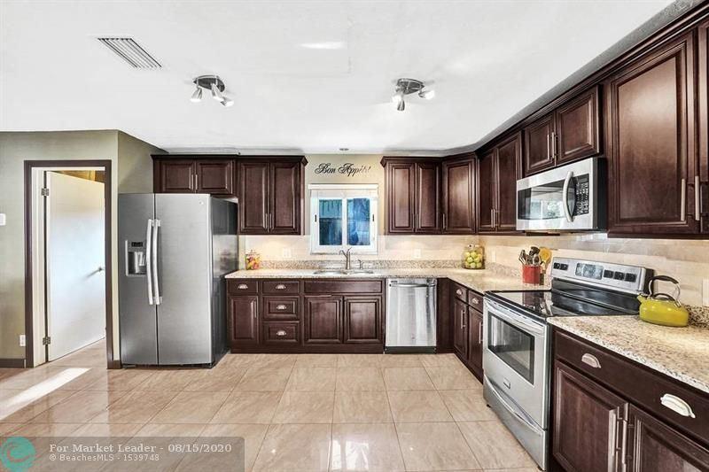 Photo of 2108 NE 11th Ave, Wilton Manors, FL 33305 (MLS # F10244160)