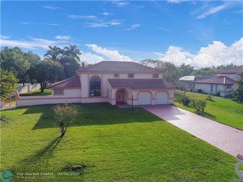 Photo of Listing MLS f10222161 in 6400 Falconsgate Ave Davie FL 33331