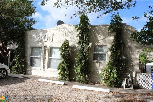 Photo of 301 NE 17th Ave #4, Fort Lauderdale, FL 33301 (MLS # F10215164)