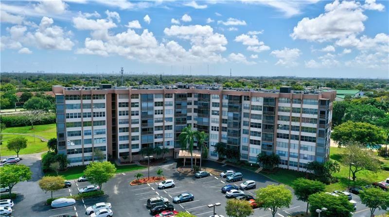 1200 Saint Charles Pl #710, Pembroke Pines, FL 33026 - MLS#: F10278164
