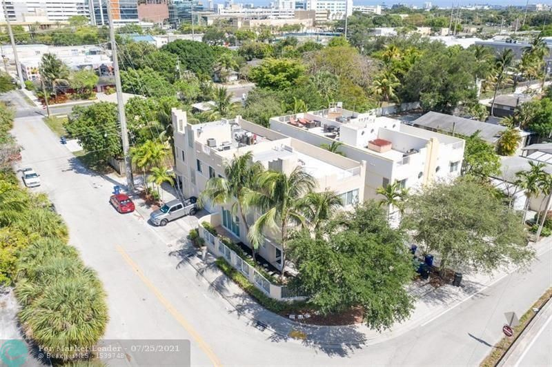 Photo of 500 SW 4th Ave, Fort Lauderdale, FL 33315 (MLS # F10294164)