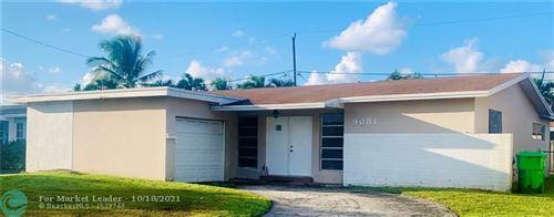 Photo of 9081 NW 21st Manor, Sunrise, FL 33322 (MLS # F10302166)