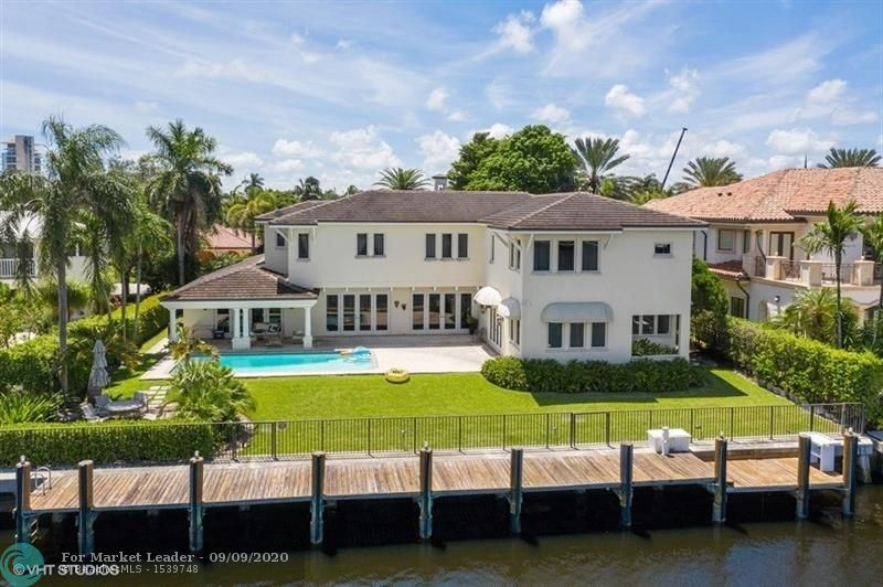 Photo of 33 Isla Bahia Dr, Fort Lauderdale, FL 33316 (MLS # F10248168)