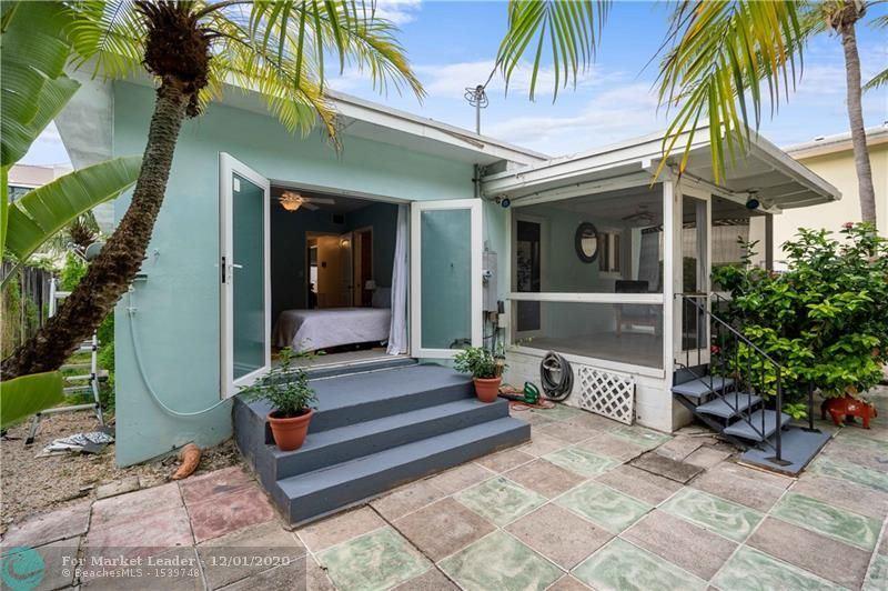 Photo of 836 NE 17th Ter, Fort Lauderdale, FL 33304 (MLS # F10257170)
