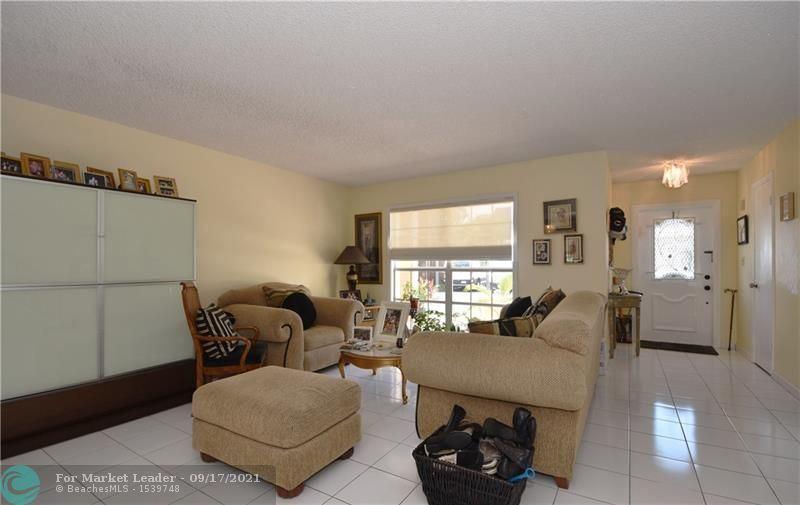 Photo of 2408 NE 10 Street, Hallandale Beach, FL 33009 (MLS # F10301171)