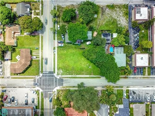 Foto de inmueble con direccion 2406 Polk St Hollywood FL 33020 con MLS F10245172