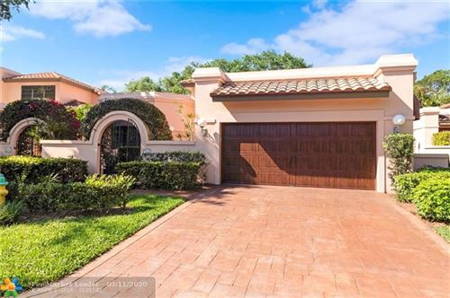 Photo of 555 Via Genova, Deerfield Beach, FL 33442 (MLS # F10166177)