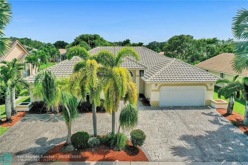 Photo of 4811 NW 96th Dr, Coral Springs, FL 33076 (MLS # F10250181)