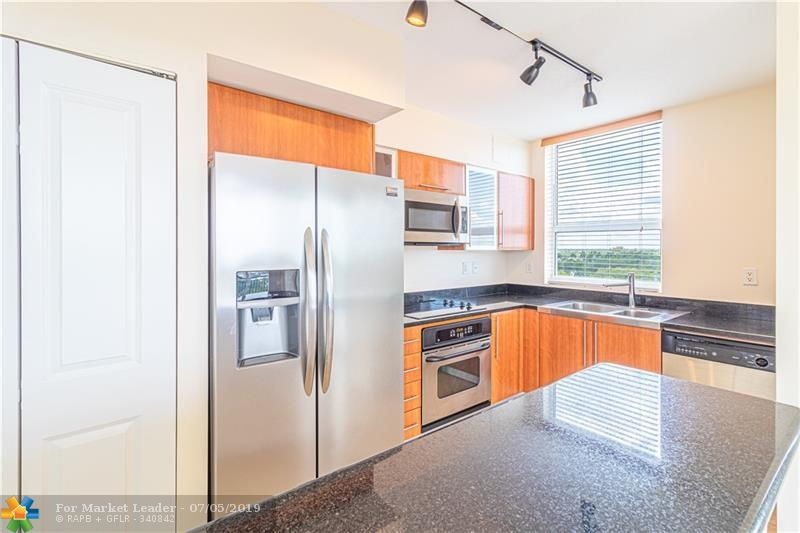 Photo of 610 W Las Olas Blvd #813, Fort Lauderdale, FL 33312 (MLS # F10183185)