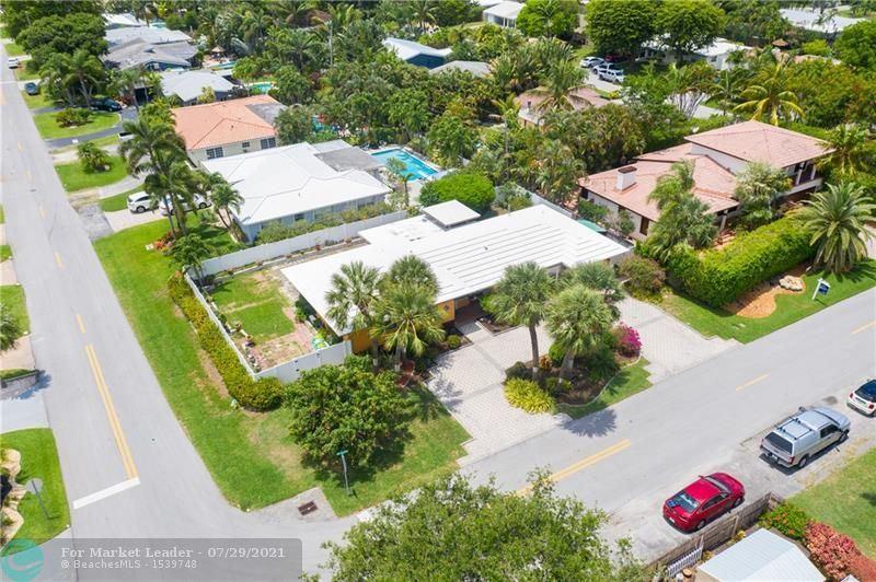 Photo of 2725 NE 18th Ter, Wilton Manors, FL 33306 (MLS # F10283188)
