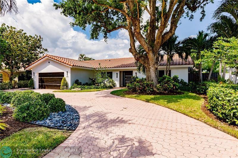 Photo of 3313 NE 40th St, Fort Lauderdale, FL 33308 (MLS # F10301198)