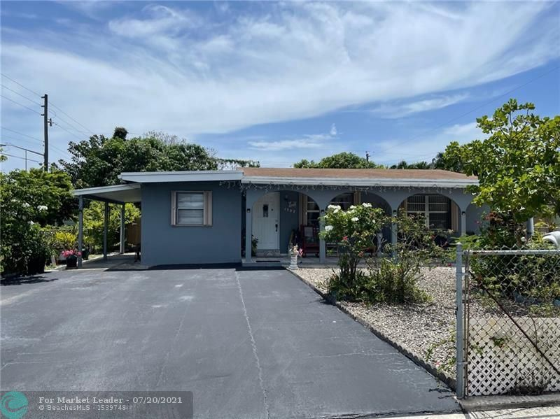 Photo of 1302 SW 22nd Ave, Fort Lauderdale, FL 33312 (MLS # F10293200)