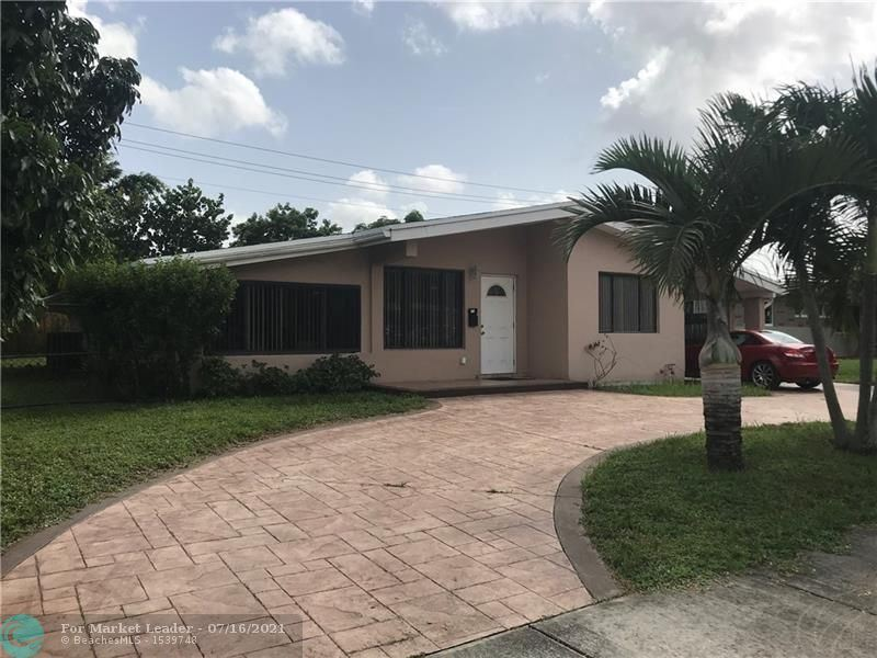 Photo of 3160 SW 20th St, Fort Lauderdale, FL 33312 (MLS # F10293202)