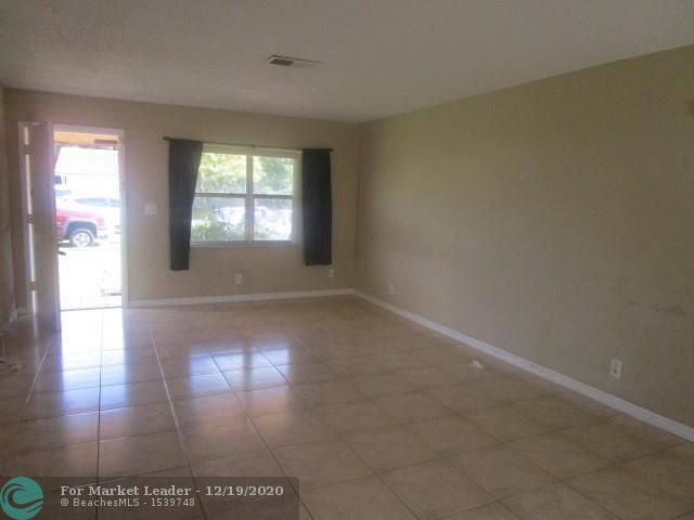 Photo of 314 SW 78th Ter, North Lauderdale, FL 33068 (MLS # F10263204)